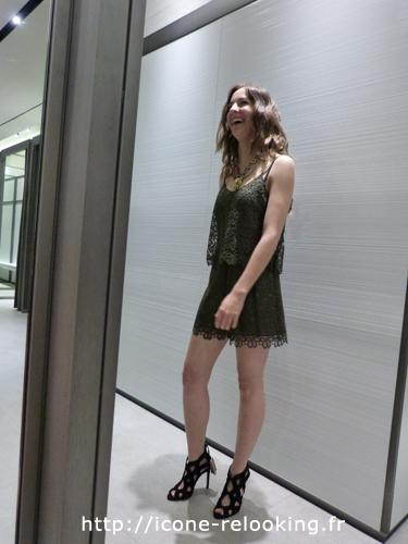 Nouveau Style chez Margot, Le sourrire en dit long. Icône Relooking Bordeaux.